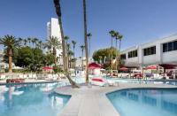 游泳在拉斯维加斯的专业设备市场协会展会上首次亮相