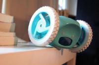 科技资讯看点:电动闹钟Clocky&Tocky不会给你两个瞌睡的机会
