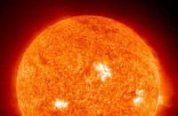 科技资讯看点:天文学家发现质量为两千万亿太阳的星系团
